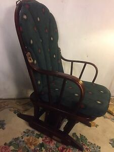"Rocking Chair Mechanical ""Dutailer"" Black Cherry.C12pix Local Pickup. MAKE OFFER"