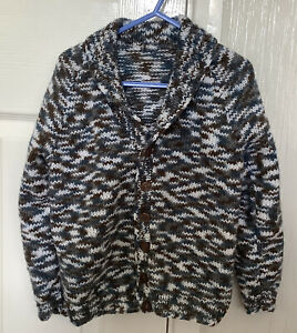 New Hand Knit Boys Variegated Long Sleeved Shawl Neck Cardigan Age 4-5 Years