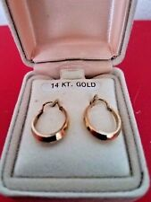 14k Yellow Gold Polished Beveled Tube Oval Hoop Earrings