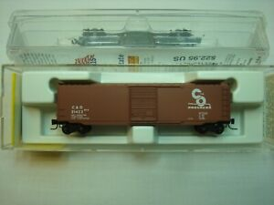 Micro Trains Z Scale C&O 50ft Boxcar