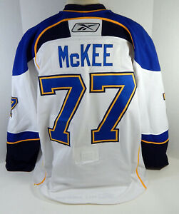 2008-09 St. Louis Blues Jay McKee #77 Game Used White Jersey DP12362
