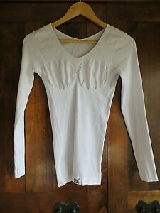 HEAT HOLDERS WHITE THERMAL FITTED TOP/ VEST SIZE LARGE/ EXTRA LARGE