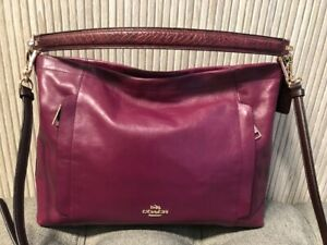Authentic Coach Scout Hobo Cyclamen  Leather 36957 Crossbody Shoulder Bag