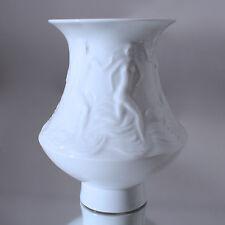Meissen: Vase mit Relief, Badende Figuren, Rudi Stolle, Ludwig Zepner, weiss
