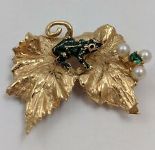 14K YELLOW GOLD LEAF FROG PEARL BROOCH PIN