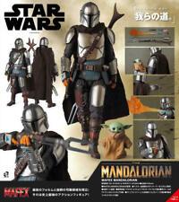 More details for star wars mafex the mandalorian beskar armour & child no 129 action figure