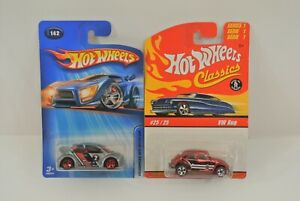 Hot Wheels Volkswagen Beetle & Bug Lot of 2 Diecast Cars Classics 2004 Mattel