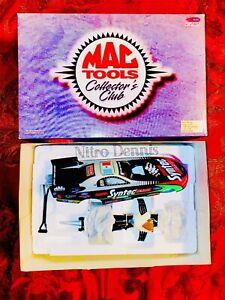 NHRA John Force Drag Racing 1:24 Diecast NITRO Funny Car ACTION Tony Pedregon