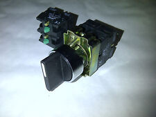 3 POSITION SELECTOR SWITCH MAINTAINED 2/3 OR 4 N/O CONTACTS NEW 22MM PANEL MOUNT
