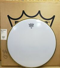 "New Remo 18"" Emperor Bass Head - Smooth White"