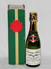 1979 Sweet Honesty Avon Cologne 2 oz Full Vintage Year Champagne Bottle Nos