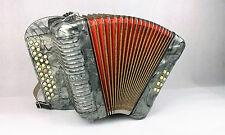Acordeon hohner harmonica club II B (véase la descripción del artículo)