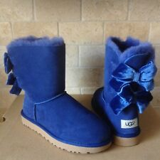 UGG SHORT BAILEY BOW II VELVET RIBBON SKY BLUE SUEDE BOOTS SIZE US 7 WOMENS