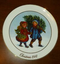 Collector's 1981 1st Edition 22k gold trim Christmas plate made in Japan