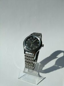 Luch 2209 SU USSR Vintage Wrist Watch 23 jewels