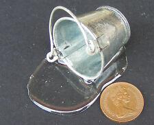 SCALA 1:12 grandi in metallo secchio di acqua ROVESCIATO Casa delle Bambole Accessorio in miniatura