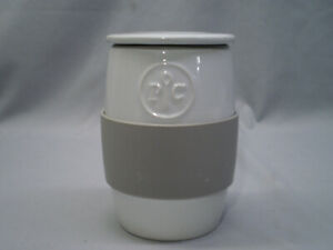 The Pampered Chef Ceramic Microwave Egg Cooker #1529 - EUC