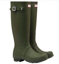 Women's Hunter Rain Boots in dark olive size US 6
