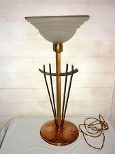 LAMPE tulipe ART DECO Cuivré martelé , doré ciselé , fer forgé ... H:64,5cm