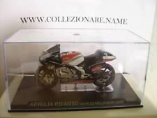 MOTO APRILIA RSW250 MARCO MELANDRI 2002 ( M19 )