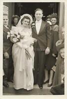 Vintage FOUND WEDDING PHOTOGRAPH bw BRIDE GROOM Original Snapshot 011 10 F