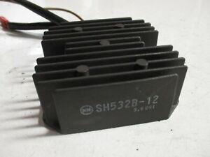 Spannungsregler Regler Gleichrichter für BMW F 650 (Typ BMW 169) SH532B-12