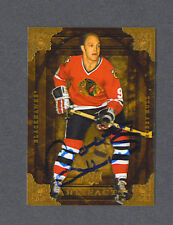 Bobby Hull signed Blackhawks Upper Deck Artifacts card