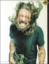 Foo Fighter Dave Grohl with his Gibson DG-335 guitar 8 x 11 pin-up photo