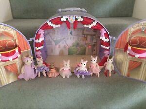 Sylvanian Families/Angelina Ballerina Theatre and Figures
