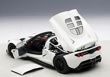 Autoart HENNESSEY VENOM GT SPYDER WHITE in 1/18 Scale. New Release! In Stock!