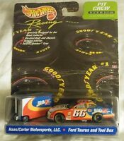 Hot Wheels Racing Big K-Mart Ford Taurus #66 2000 Pit Crew Collector Edition a16