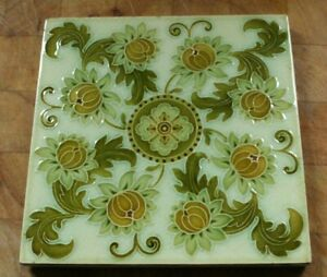 ANTIQUE  PILKINGTON ARTS AND CRAFT FINE RAISED FLOWER DESIGN TILE B