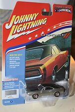 Johnny Lightning 1969 DODGE CHARGER R/T 1/64 2017 R1 Muscle Cars USA  NEW