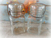 2 vintage canning fruit mason jars 1940s Hazel Atlas small