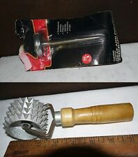 Kitchen Items/ Vintage Lot of 2 Analog Meat Thermometer &Meat Tenderizer/ Unused