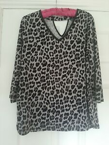 Ruth Langsford 3/4 Sleeve V Neck Print Crepe Top Grey Animal M BN