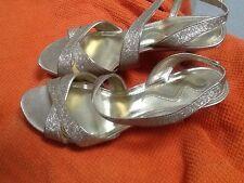 NINA Womens Dress Sandal Size 9 GOLD 3 Inch Heel