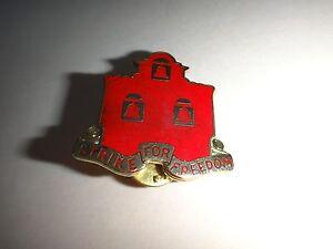 Metal Pin US Army III CORPS ARTILLERY Distinctive Unit Insignia, NS MEYER INC