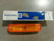 NOS GM OEM 88-91 Chevrolet GMC Side Marker Light Lamp Amber w/o molding