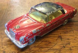 VINTAGE 1960'S CORGI TOYS NO.230 MERCEDES BENZ 220 SE COUPE CAR USED
