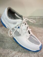 Callaway Women's size 6.5 white and blue vented golf shoes, very clean preowned