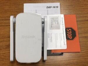 NEW --D-Link DAP-1610 AC1200 Dual-Band Wi-Fi Range Extender