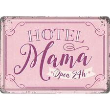 PLAQUE EN METAL EMAILLEE 10 X 14 cm (CARTE POSTALE) HOTEL MAMA