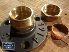 22mm Brass Compression Floor / Wall Flange Pipe Mount Fits 22mm Copper Pipe