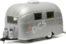 GREENLIGHT AIRSTREAM 16' BAMBI SPORT TRAILER DIE CAST HITCH TOW 1/24 SIL 18224