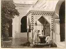 Algérie, fontaine de la mosquée de la rue de la Marine  vintage albumen print.