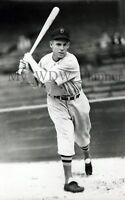 Vintage Photo 9 - Boston Red Sox - Red Nonnenkamp
