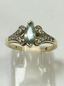 Superb 9 Carat Yellow Gold DIAMOND & AQUAMARINE CLUSTER Ring
