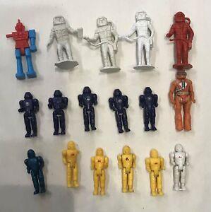 Micro Vintage Spacemen (Spaceman) & robot figures
