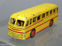 """DINKY TOYS MODEL No.282  DUPLE """"ROADMASTER"""" COACH """" YELLOW  / RED FLASH VERSION"""""""